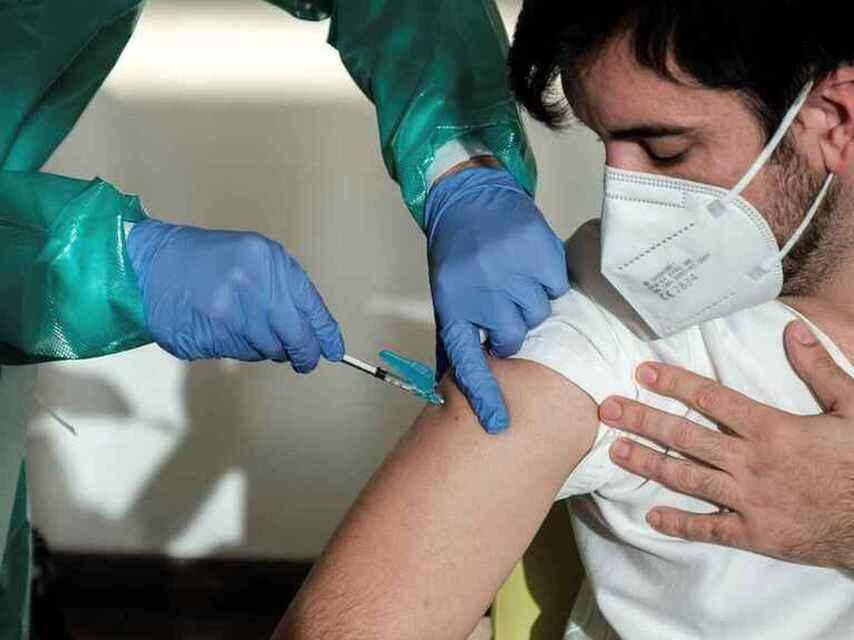 Mañana inicia vacunación contra Covid-19 para 30-39 años en Boca del Río