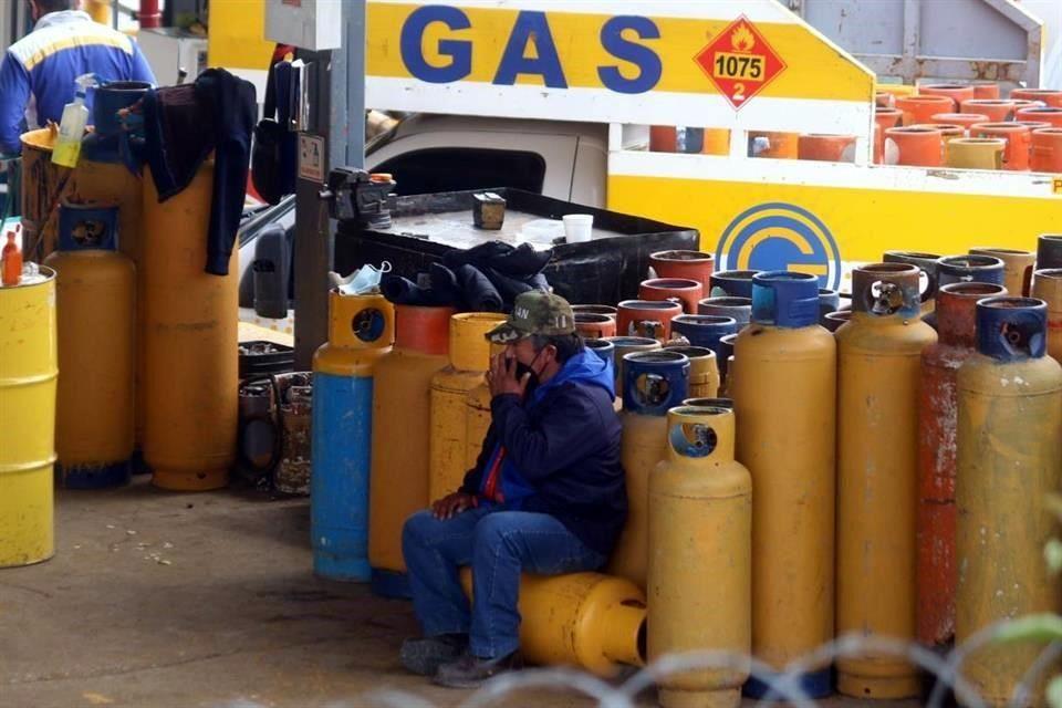 Gaseros van a instancias legales para revertir regulación de precios del gas LP