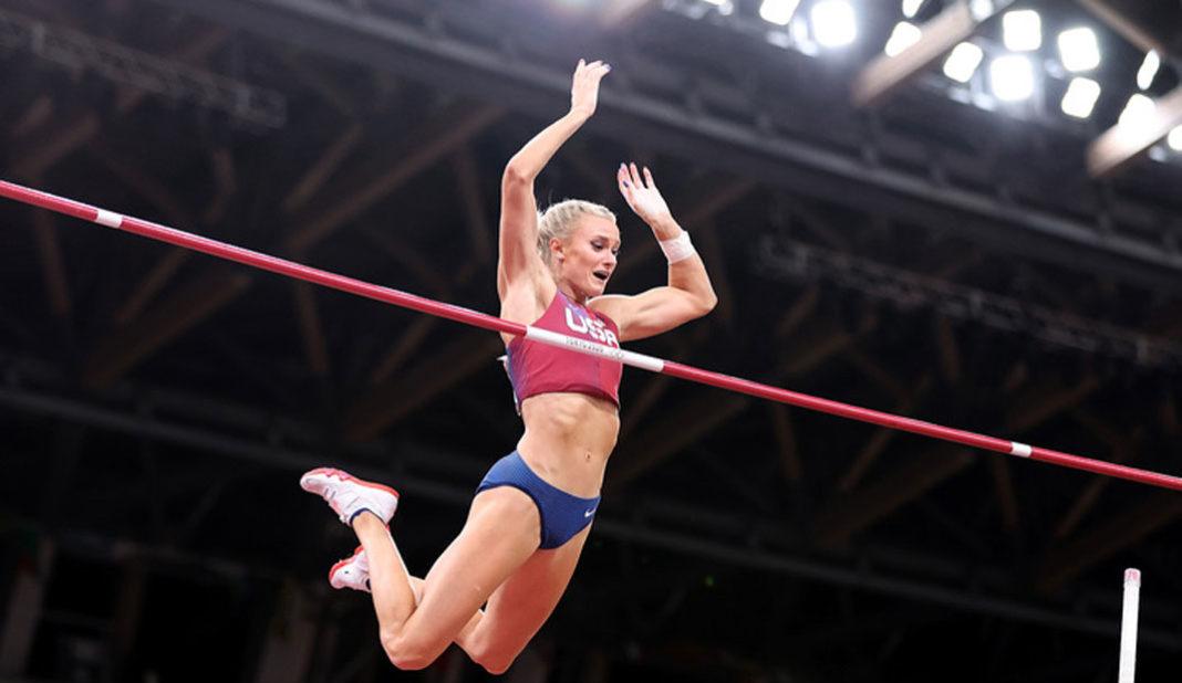Katie Nageotte de Estados Unidos oro en salto con garrocha