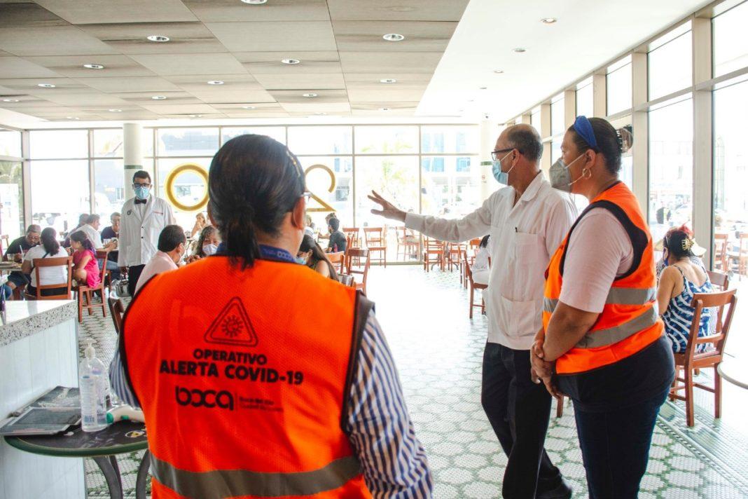 Por semáforo rojo, negocios y playas en Boca del Río tendrán aforo máximo de 50%