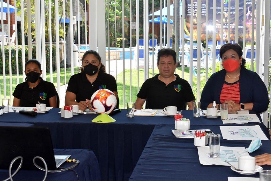 Presentan primera temporada de la Superliga de Futbol Medellín; se jugará en las canchas de La Panchita