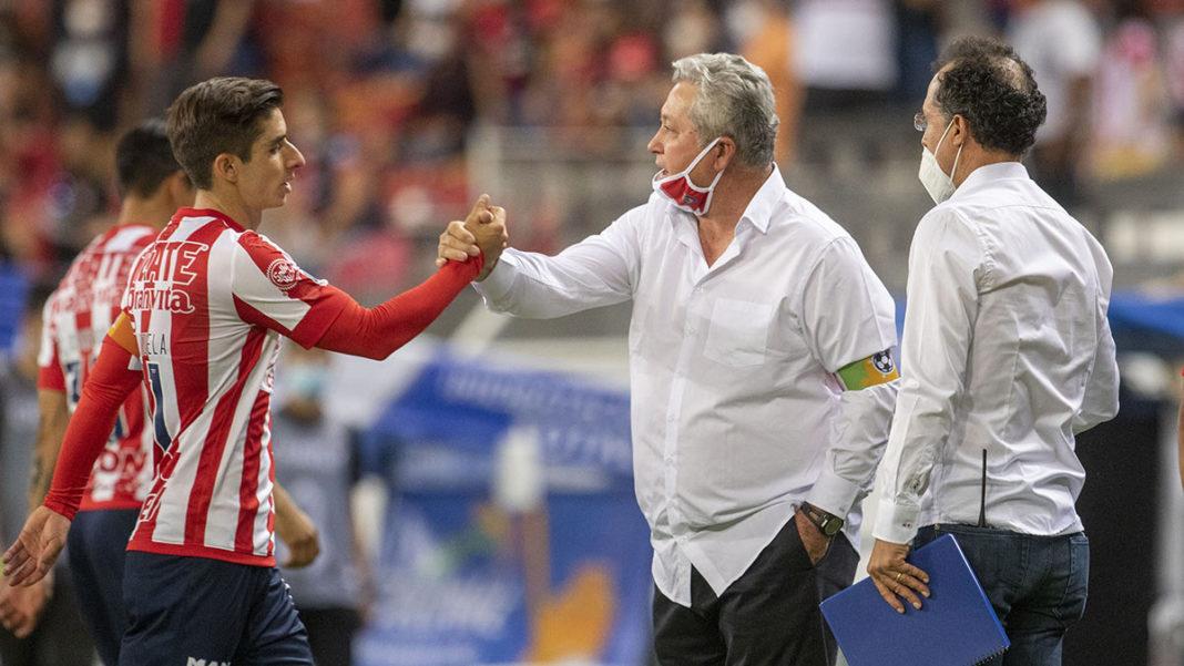 Jugadores de Chivas mantienen confianza en Vucetich