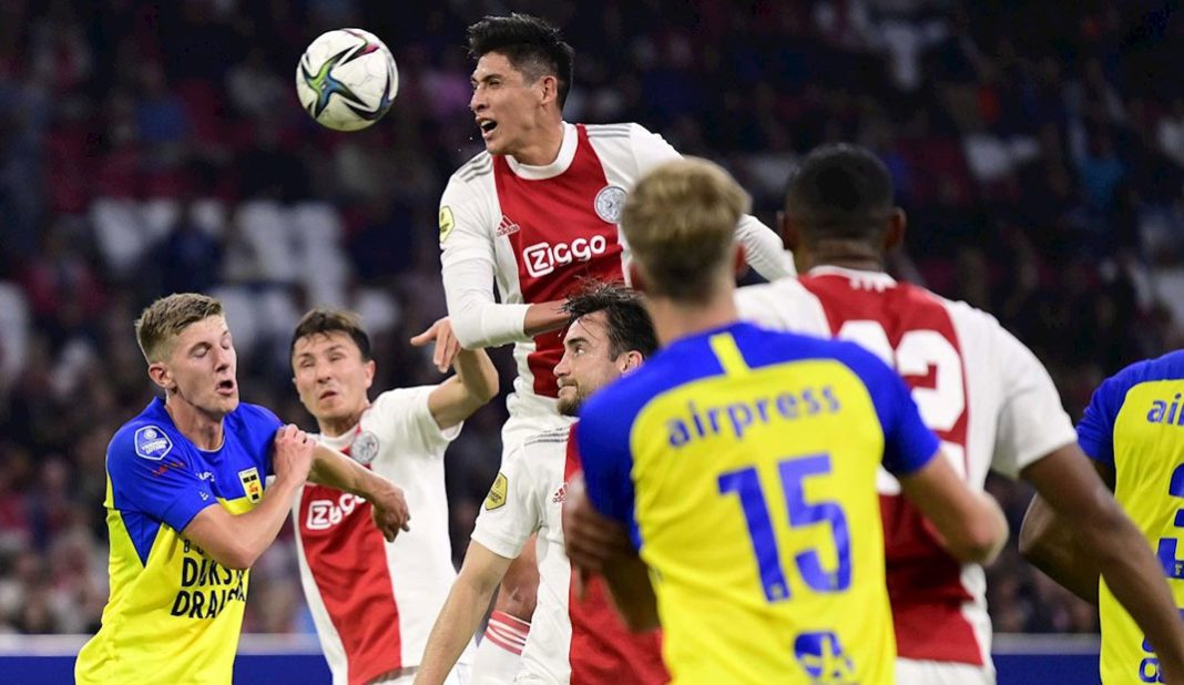 Ajax y Edson Álvarez aplastan 9-0 al Cambuur