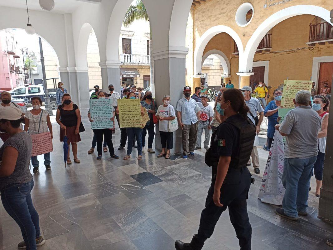 No desalojarán a integrantes del MOCI que mantienen protesta en el palacio municipal de Veracruz