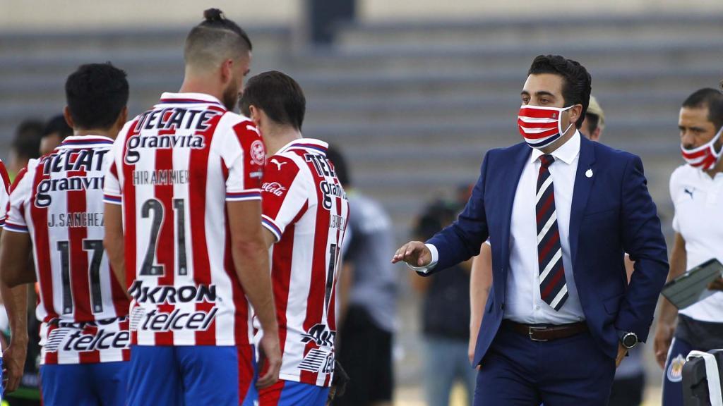 Michel Leaño será entrenador interino de Chivas ante América