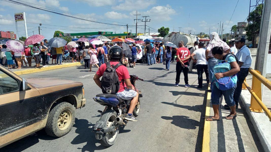 Tras 24 horas, damnificados retiran bloqueos en el norte de Veracruz