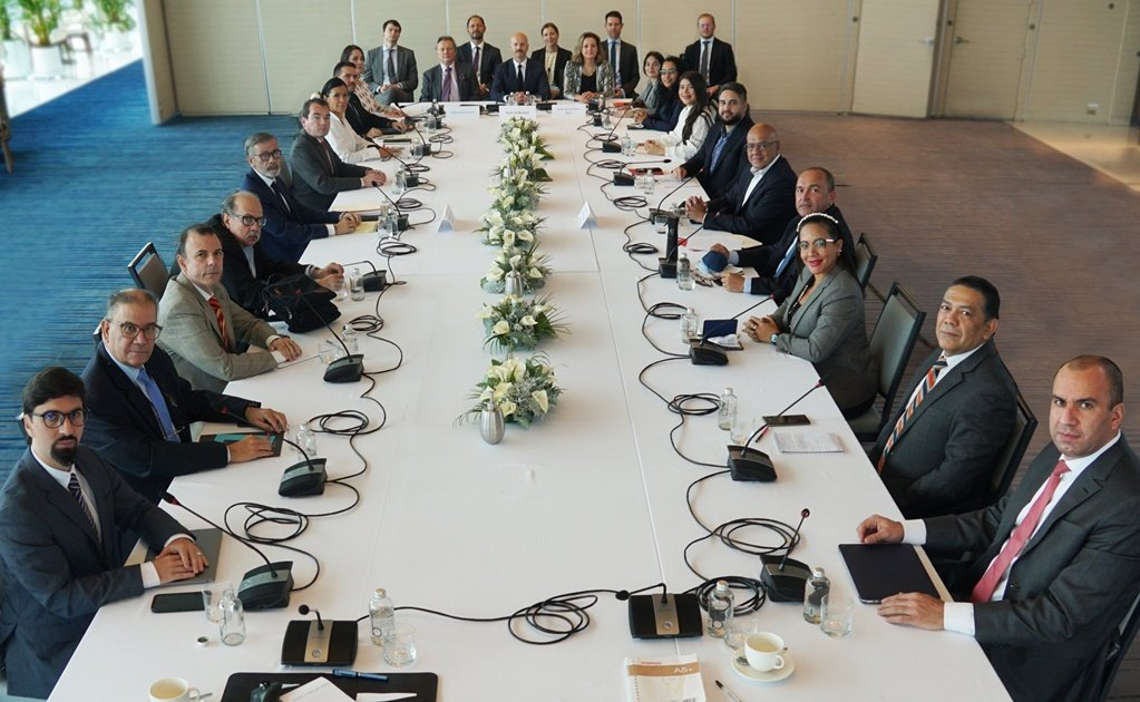 Hoy se retomará la tercera ronda del diálogo venezolano en México