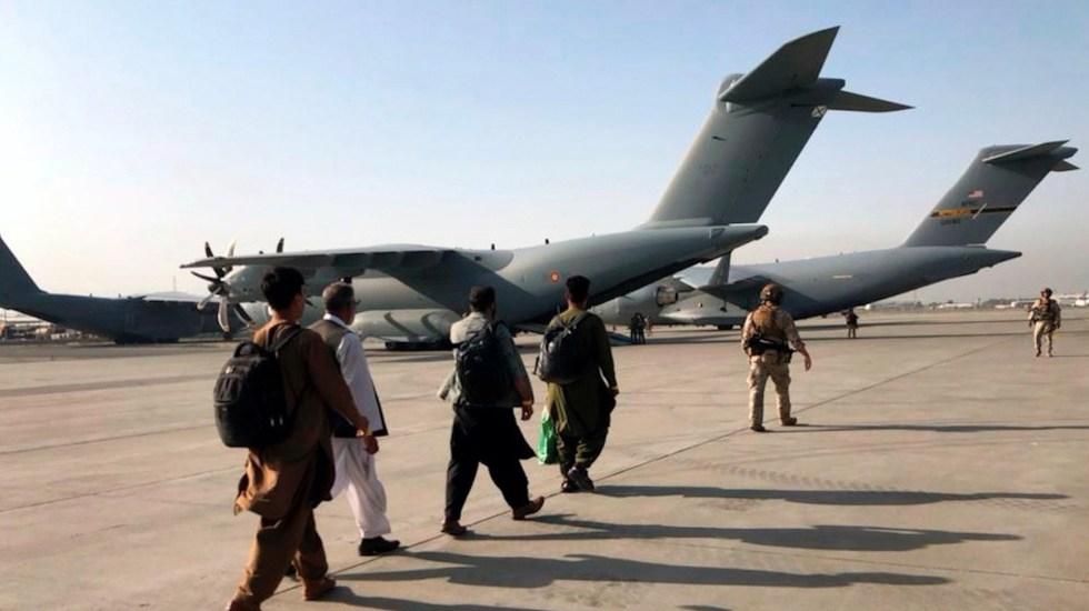 """Talibanes aseguran que buscan """"relaciones positivas"""" con EU"""