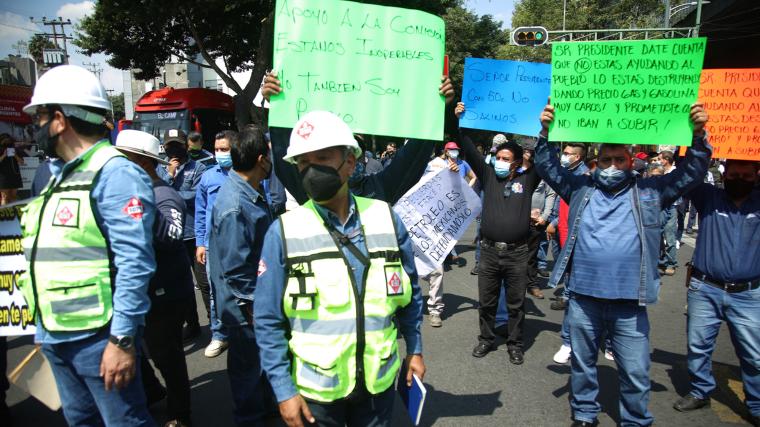 Gaseros protestan en CDMX ante bajo margen de ganancia por venta de gas LP