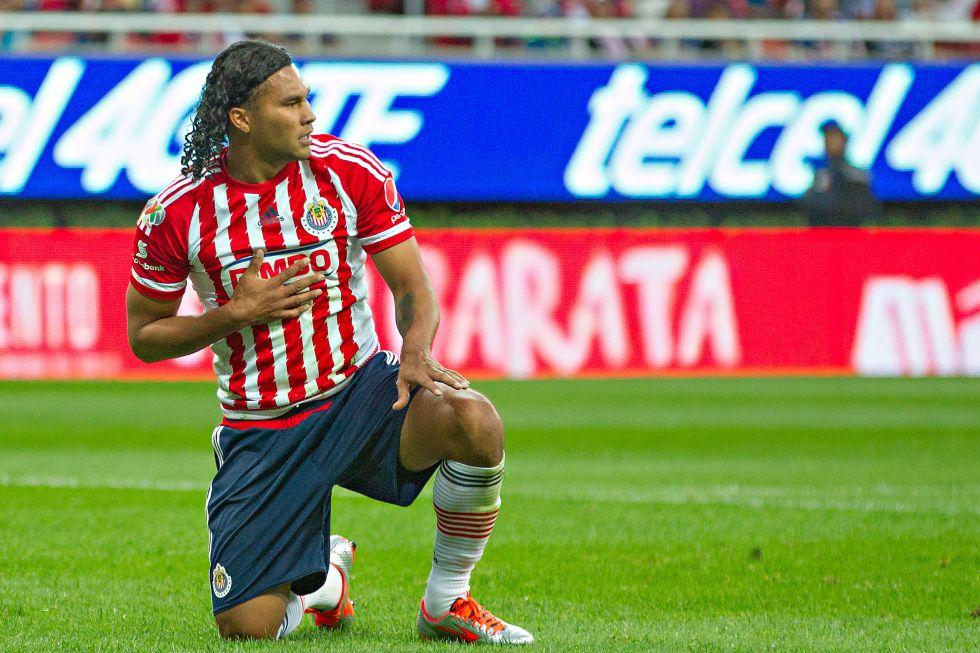 Gullit Peña revela el motivo por el que salió de Chivas