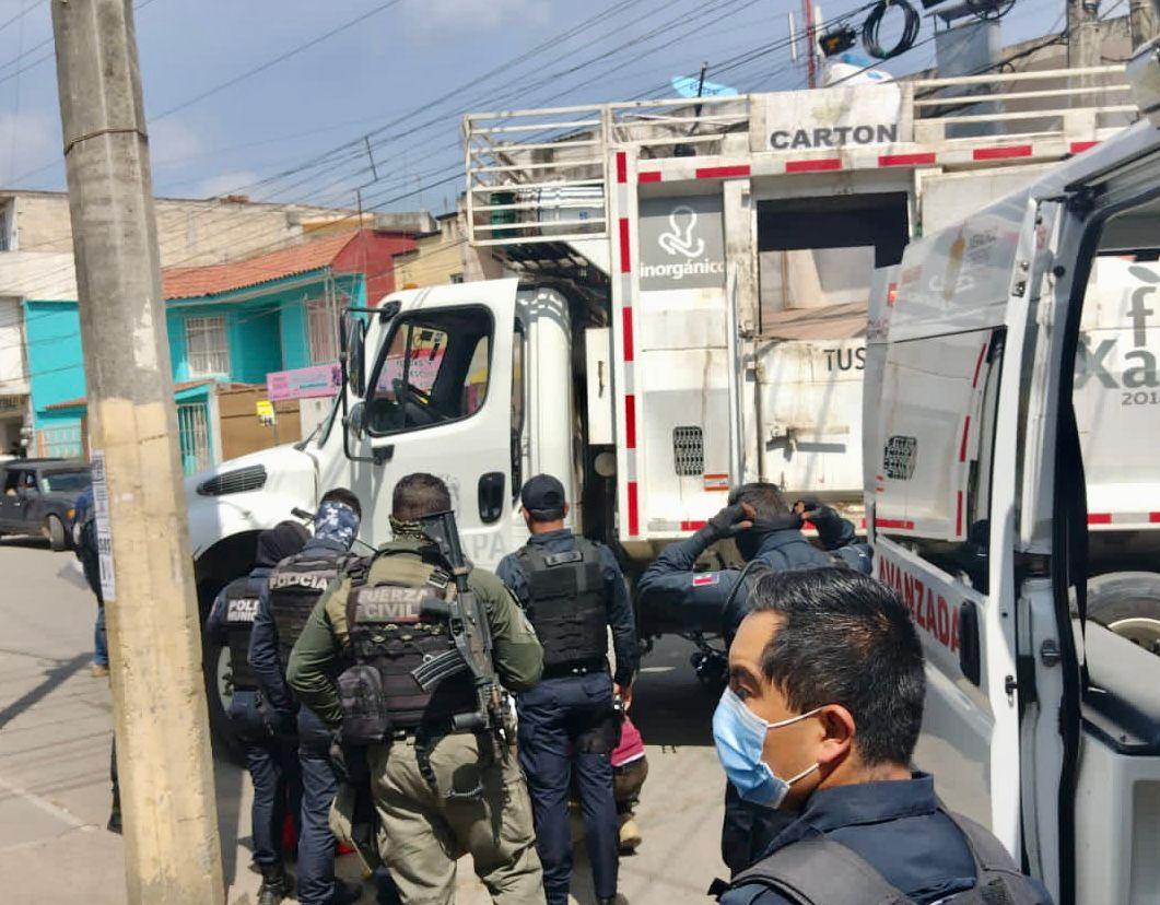 Atropellan y arrastran a motociclista en Xalapa